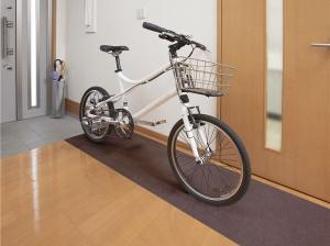 自転車の下に敷くマット
